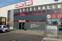 Gameland Lohne, an der Autobahn 1 auf dem Motorpark Lohne